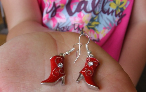Boucles d'oreilles country santiags rouges