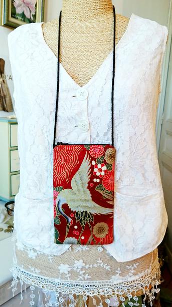 Etui tissu molletonné coton imprimé japonais oiseau floral rouge téléphone, lunettes... avec cordon tour de cou et fermeture éclair