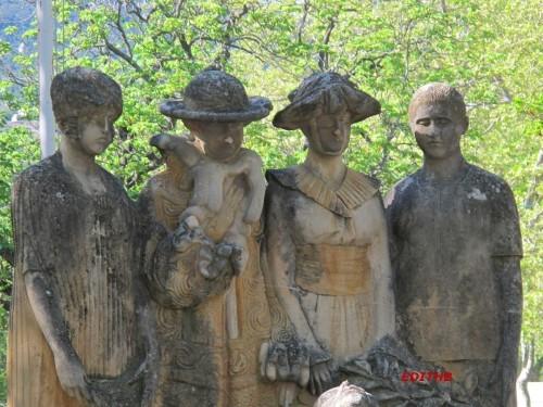 MONUMENT AUX MORTS LODEVE (5)