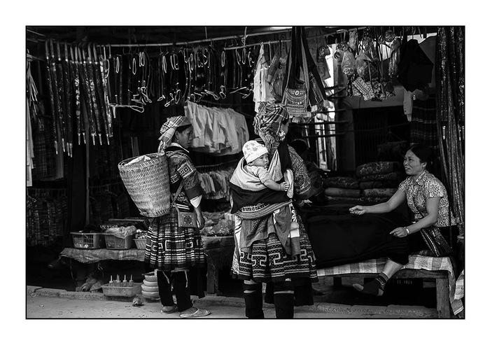 Soldes chez les H'Mong Leng