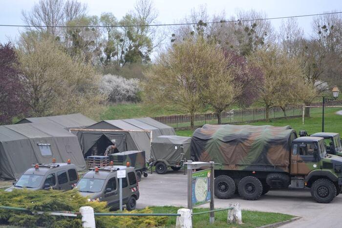 Manœuvre militaire d'avril 2014