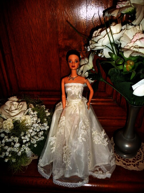 DEMOISELLE D'HONNEUR (4) (BRIDESMAID) (4))