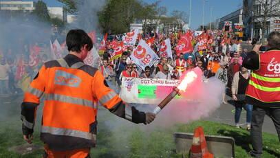En réponse à l'appel national, un millier de personnes ont manifesté à Brest.