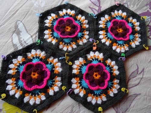 Frida's flower partie 4