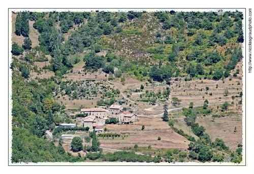Vallée cachée de l'Eyrieux: la Vallée de l'Auzène