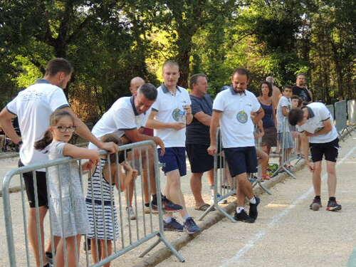 Belle Démonstration de Tir Sportif et Précision  au Domaine le Pommier (CIEL VILLAGE le Jeudi 16 Aout 2018)