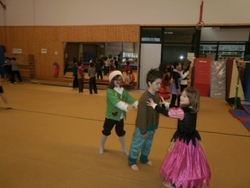 Suite des photos du carnaval...PLACE AU CARNAVAL!