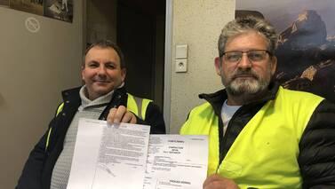 Thierry et Loïc, membres des gilets jaunes de Saint-Malo, ont déposé une plainte contre le Président et le gouvernement.