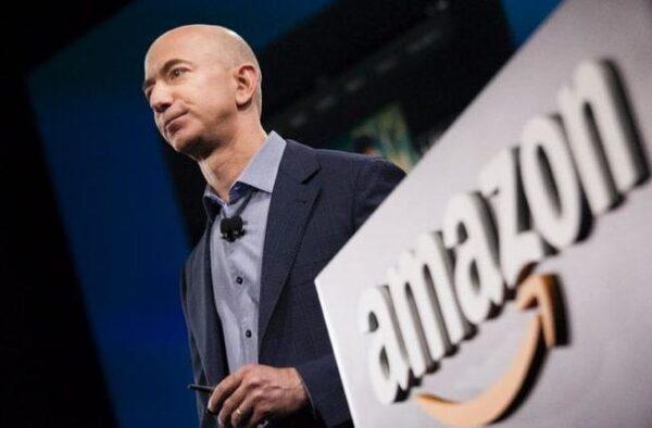 Jeff Bezos veut envoyer une femme sur la Lune