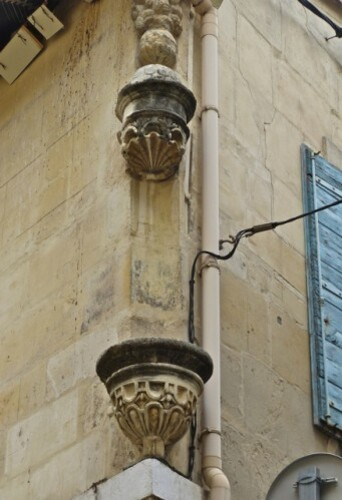Arles niche fantôme vide 9
