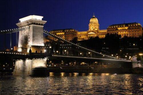 Patrimoine mondial de l'Unesco : Le panorama du Danube et le quartier du château de Buda - Hongrie  - 1ere partie -