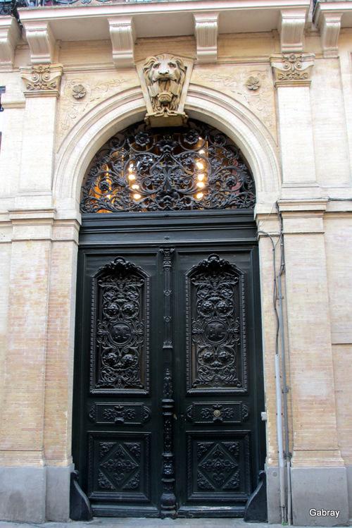 Toulouse: portes et porches
