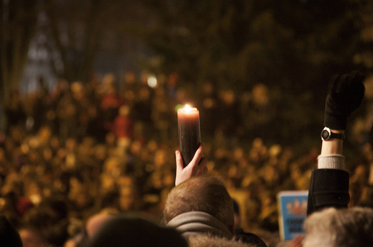 Pourquoi ne nous explique-t-on jamais la cause des attentats terroristes ?
