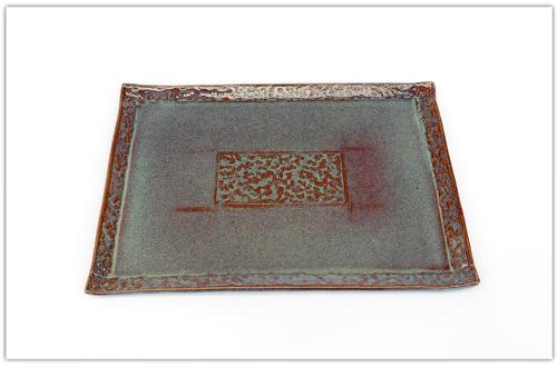 Grandes assiettes rectangulaires en grès brun bleuté