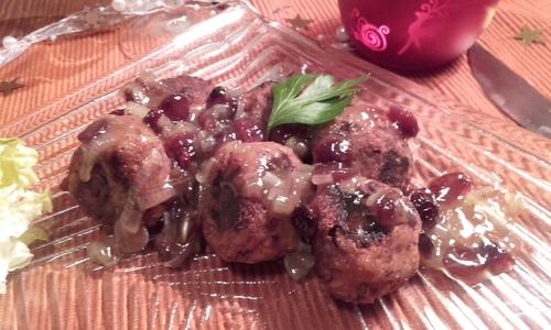Calendrier de l'Avent #20 Boulettes de Haricots Rouges et tofu sauce Cranberries {Vegan}