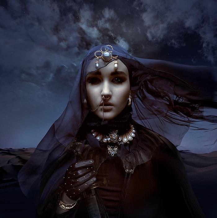 Le monde sombre et surréaliste de Natalie Shau