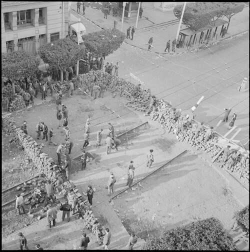 ALGER 1960 les Barricades  ( Archives ECPAD )