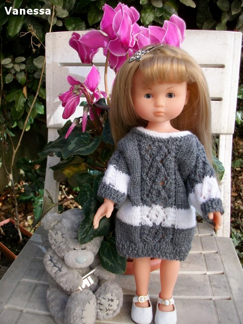 Vanessa en robe d'hiver