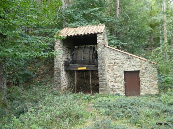 reconstitution des installations servant à descendre le minerai dans la vallée