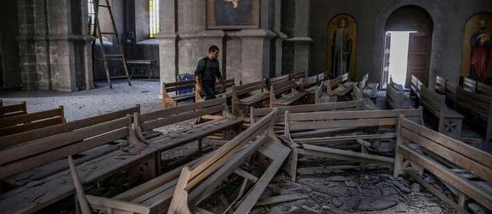 Nagorny Karabakh : désolation dans la cathédrale de Choucha, frappée par une roquette