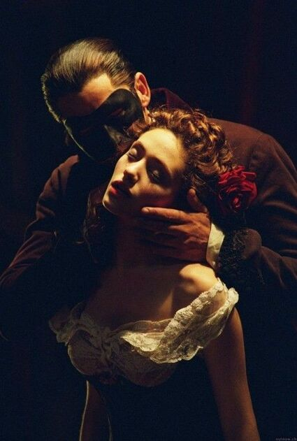 soul-of-an-angel:Phantom of the Opera