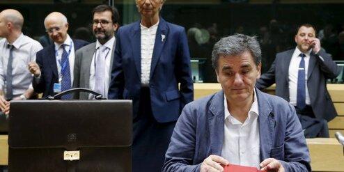 Grèce : pourquoi le nouveau plan d'aide est déjà un échec-par Romaric Godin (04/08/2015-La Tribune)