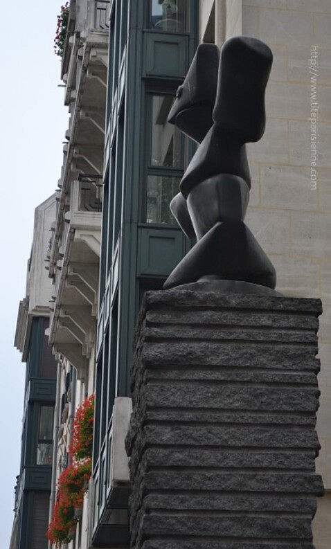 Article Statue Beaubourg 3