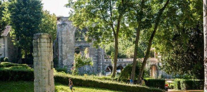fouilles et restauration des vestiges de l'abbaye de ma commune