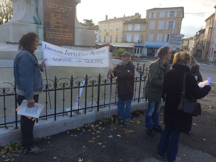 """Crest : la nouvelle rue nommée   """"Hélie de Saint-Marc"""" fait polémique"""