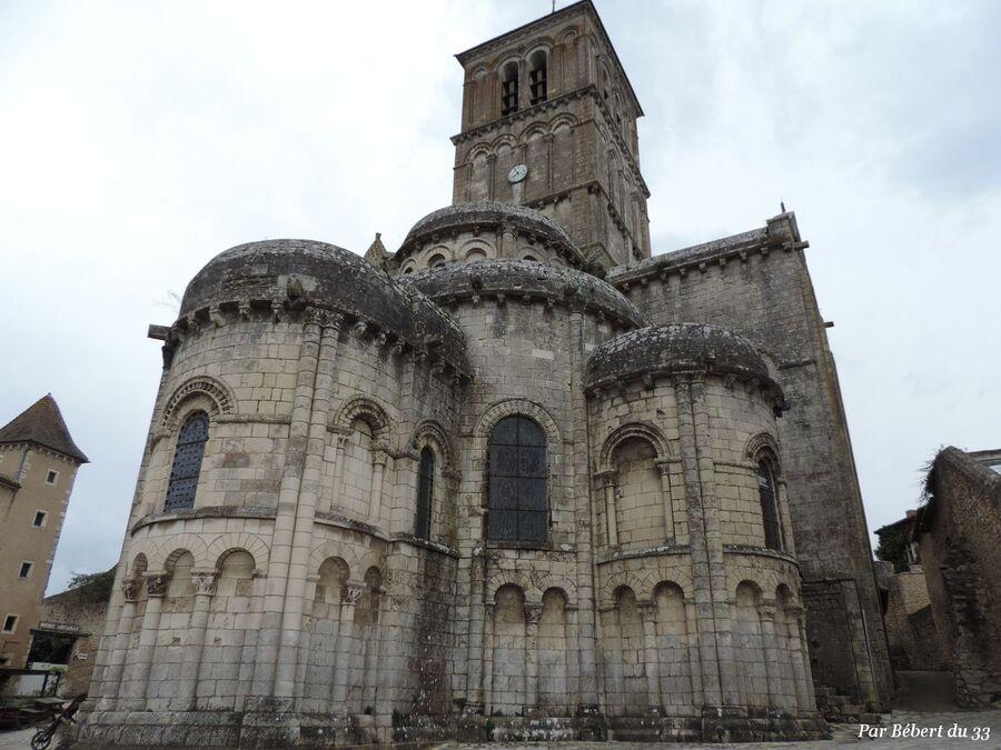 Chauvigny dept 86 (2) l'église St Pierre