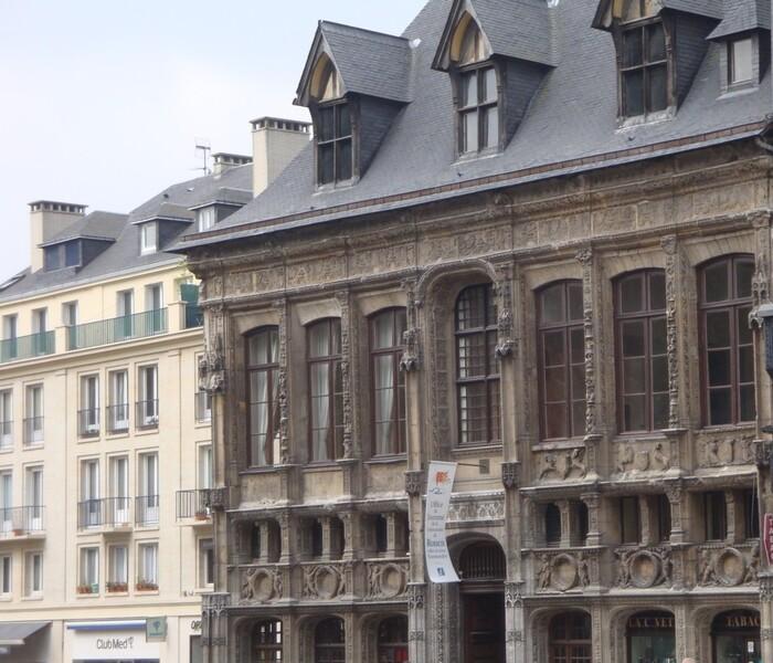 Rouen, l'ancien Bureau des Finances.