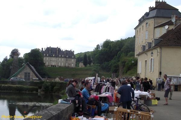 Le vide-grenier 2014 à Rochefort ...