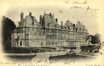 1821, le duc d'Orléans restaure le château d'Eu