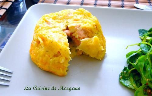 Moelleux au samon, ciboulette coeur de sauce hollandaise