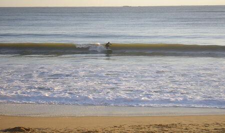 le_remblai_La_Baule_et_les_surfeurs__1_