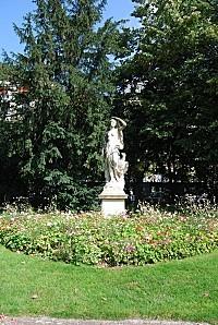 Dijon - Jardin Darcy - statue