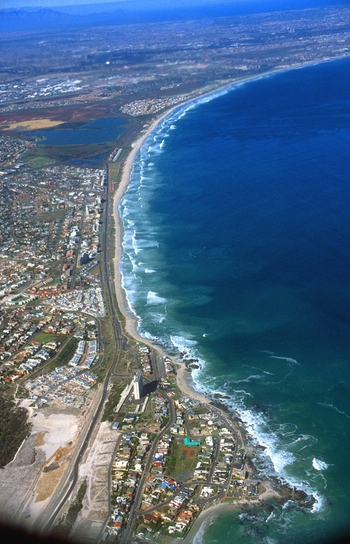 cpt bloubergstrand from aircraft b