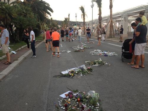 Attentat de Nice: «On perd du temps à polémiquer, reprocher et s'accuser! »