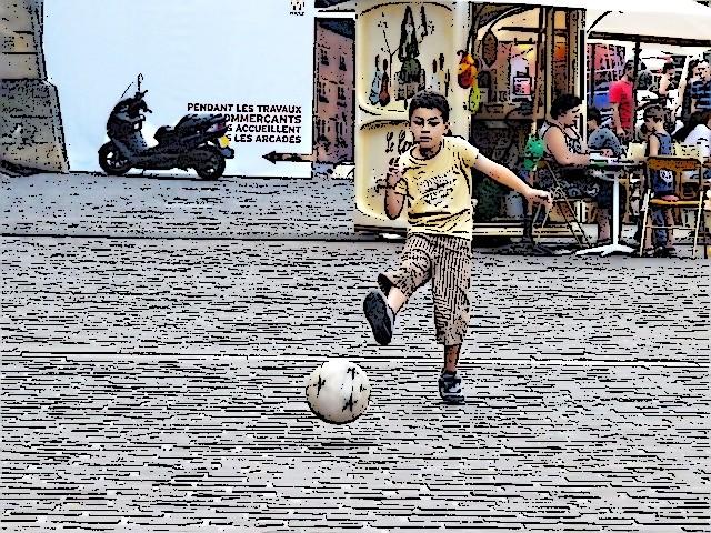 Le petit Zidane de Mezt 11 mp13 2010