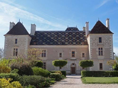 chateau de Jouancy