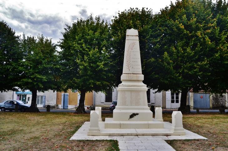 Monument aux Morts - Saint-Sauveur-d'Aunis