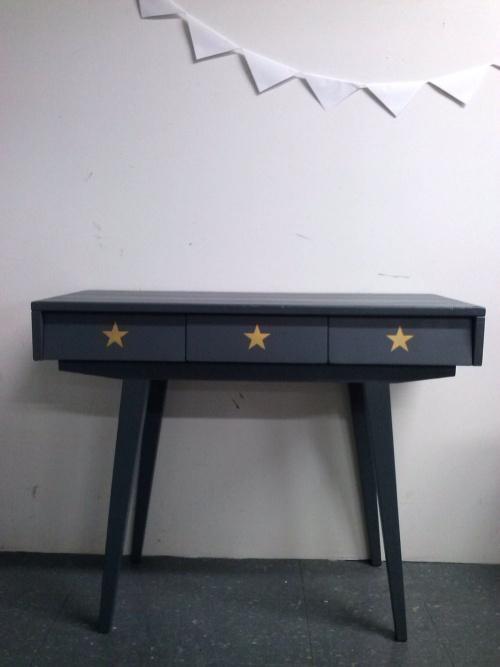 Collection GRIGRIS PLOMB : la console étoiles dorées