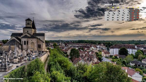 Aujourd'hui nous sommes le  1er juillet, illustré par une très belle photographie de Christian Labeaune