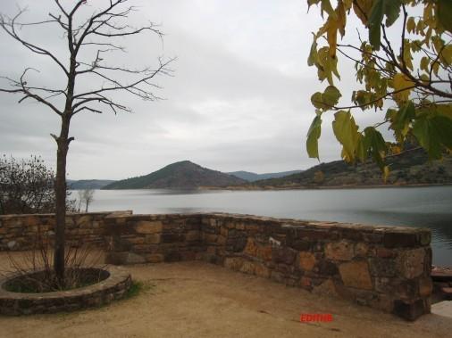 lac du salagou (4)