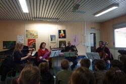 Un quatuor dans la classe de CM1