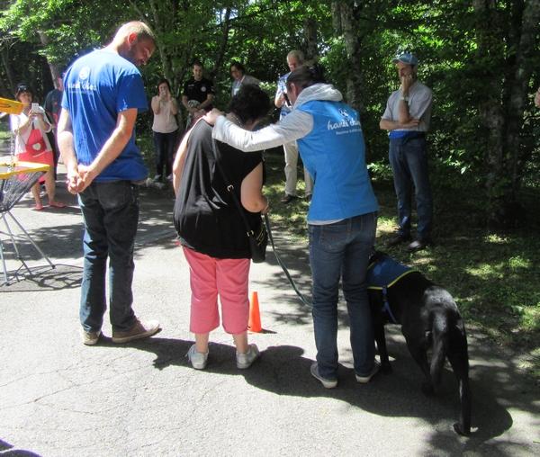 L'association L'Z (elles aident) participe à l'achat d'un chien pour handicapés destiné au foyer Henri Baillot de Châtillon sur Seine
