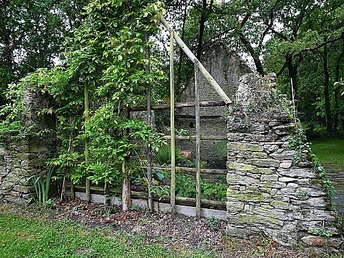 Kermoureau-ruines-paysagees-P1180888.JPG