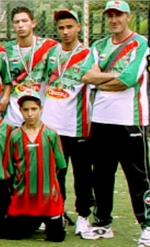 Menad Salim entraineur MCA Minimes 2005/2006