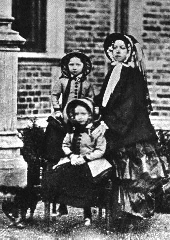 Queen Victoria with Helena and Louise, 1852: