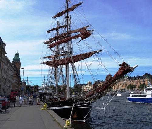 Stockholm : aotiur de notre hôtel, sur Nybrokajen (photos)